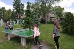 zajęcia tenisa stołowego na świeżym powietrzu